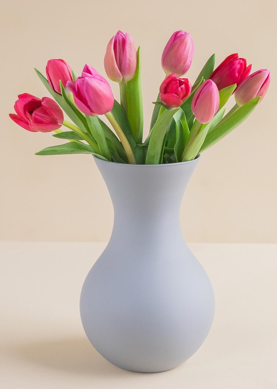 Imagen para 10 Tulipanes combinados en jarrón - 1
