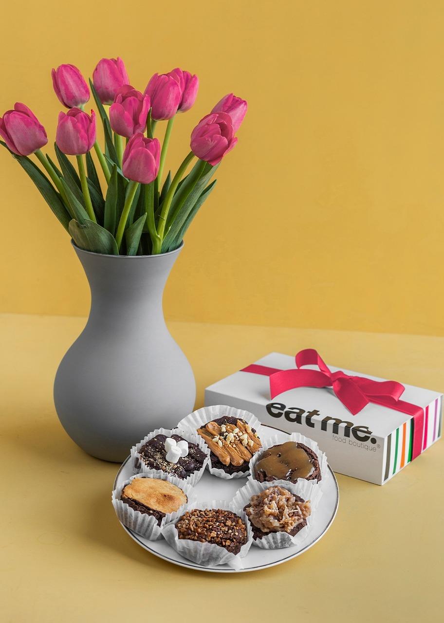 Imagen para 10 Tulipanes con Brownies 6pz - 1