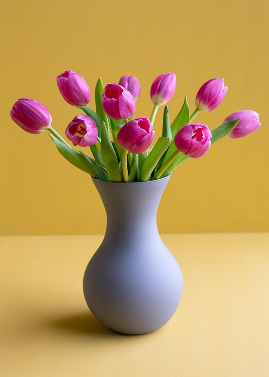 Imagen para 10 Tulipanes rosas en jarrón - 1
