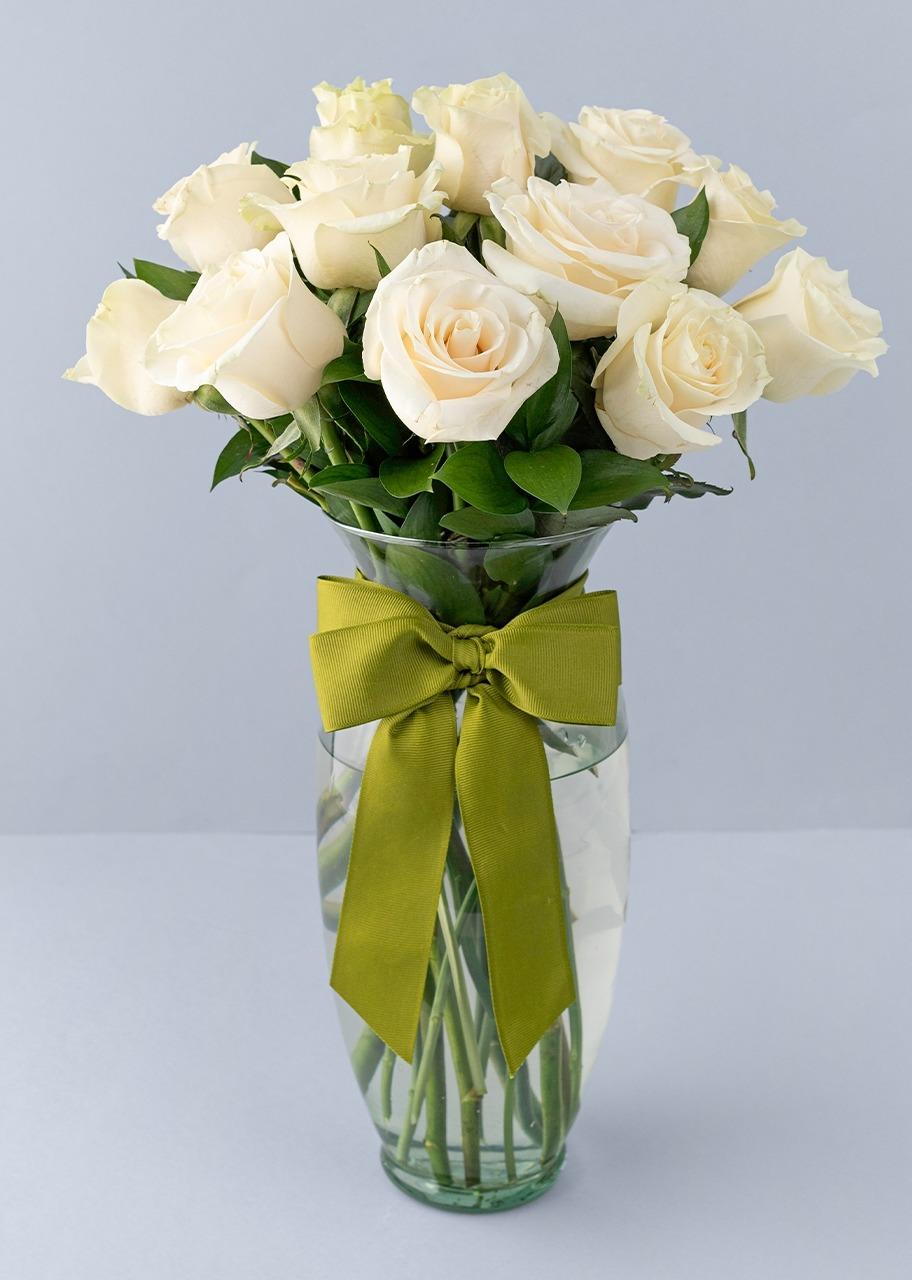 Imagen para 12 Rosas Blancas - 1