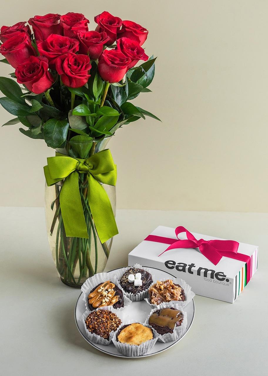 Imagen para 12 Rosas Rojas con Brownies 6 pz - 1