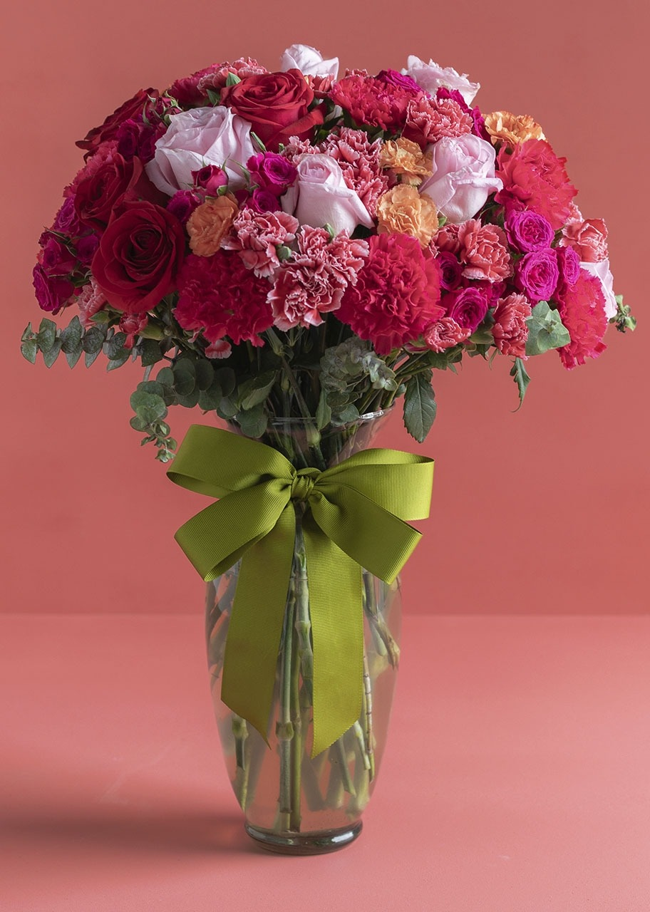 Imagen para 12 Rosas  y Claveles en Jarrón - 1