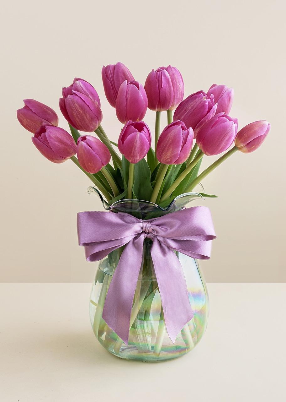 Imagen para 15 Tulipanes Rosas en Jarrón - 1