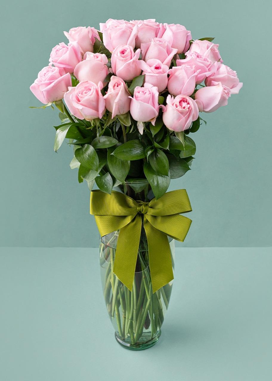 Imagen para 24 Rosas Rosa Claro - 1