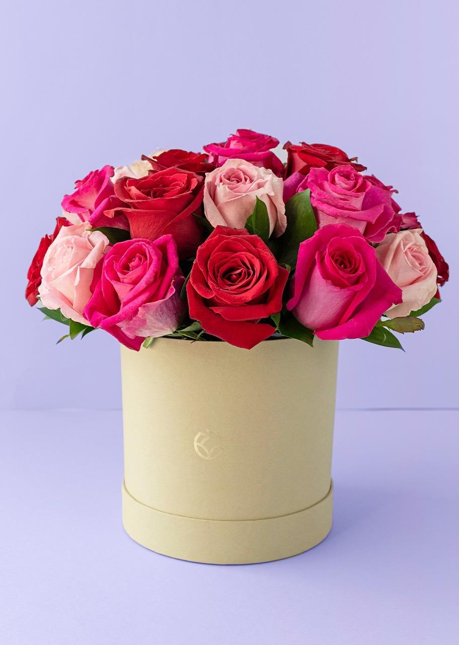 Imagen para 24 rosas de colores en caja - 1