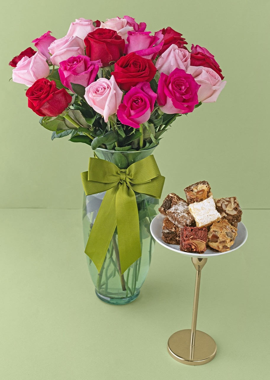Imagen para 24 rosas combinado con brownies 8 piezas - 1