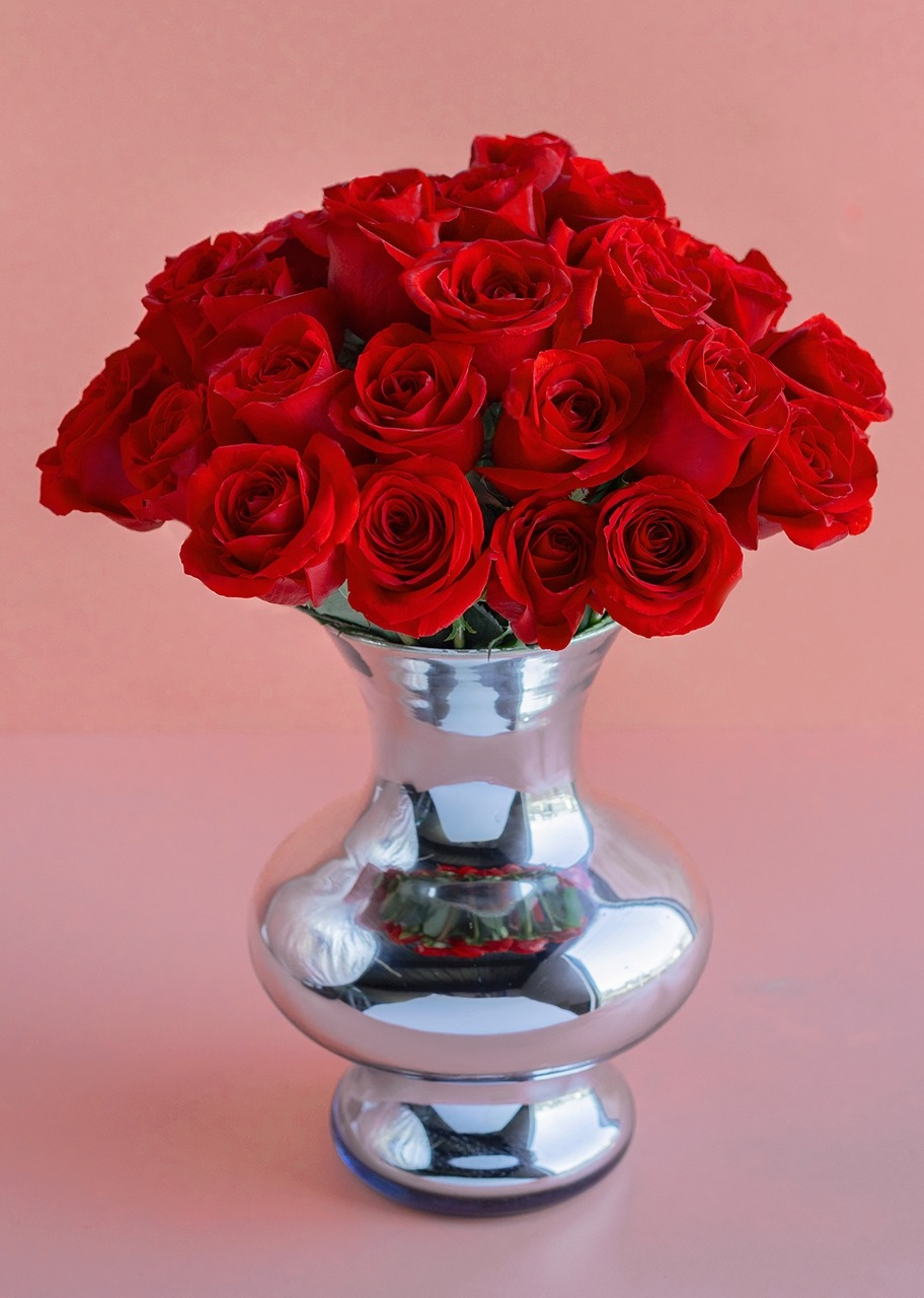 Imagen para 36 Rosas Rojas en Jarrón Espejo - 1
