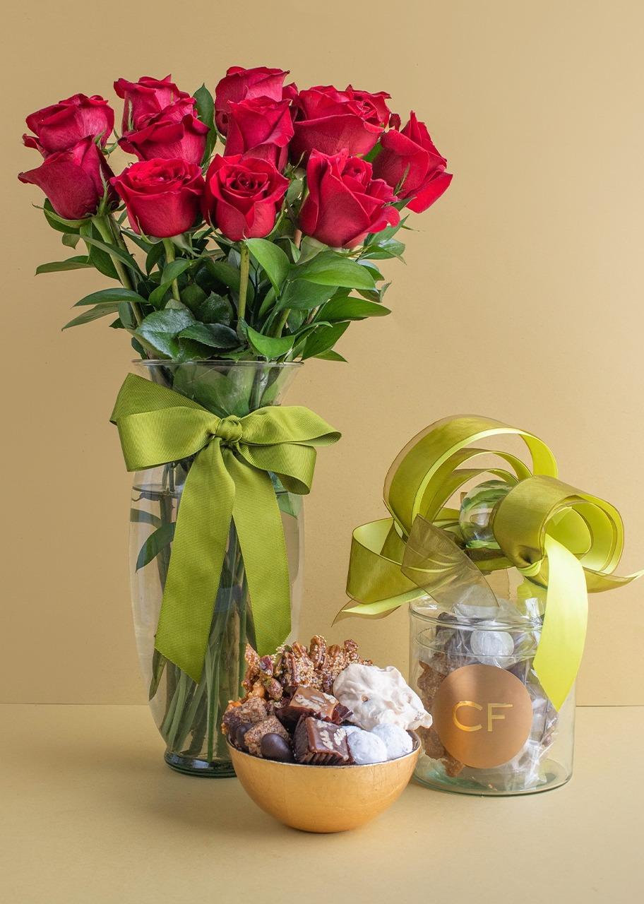 Imagen para Dulcero Grande con 12 Rosas - 1