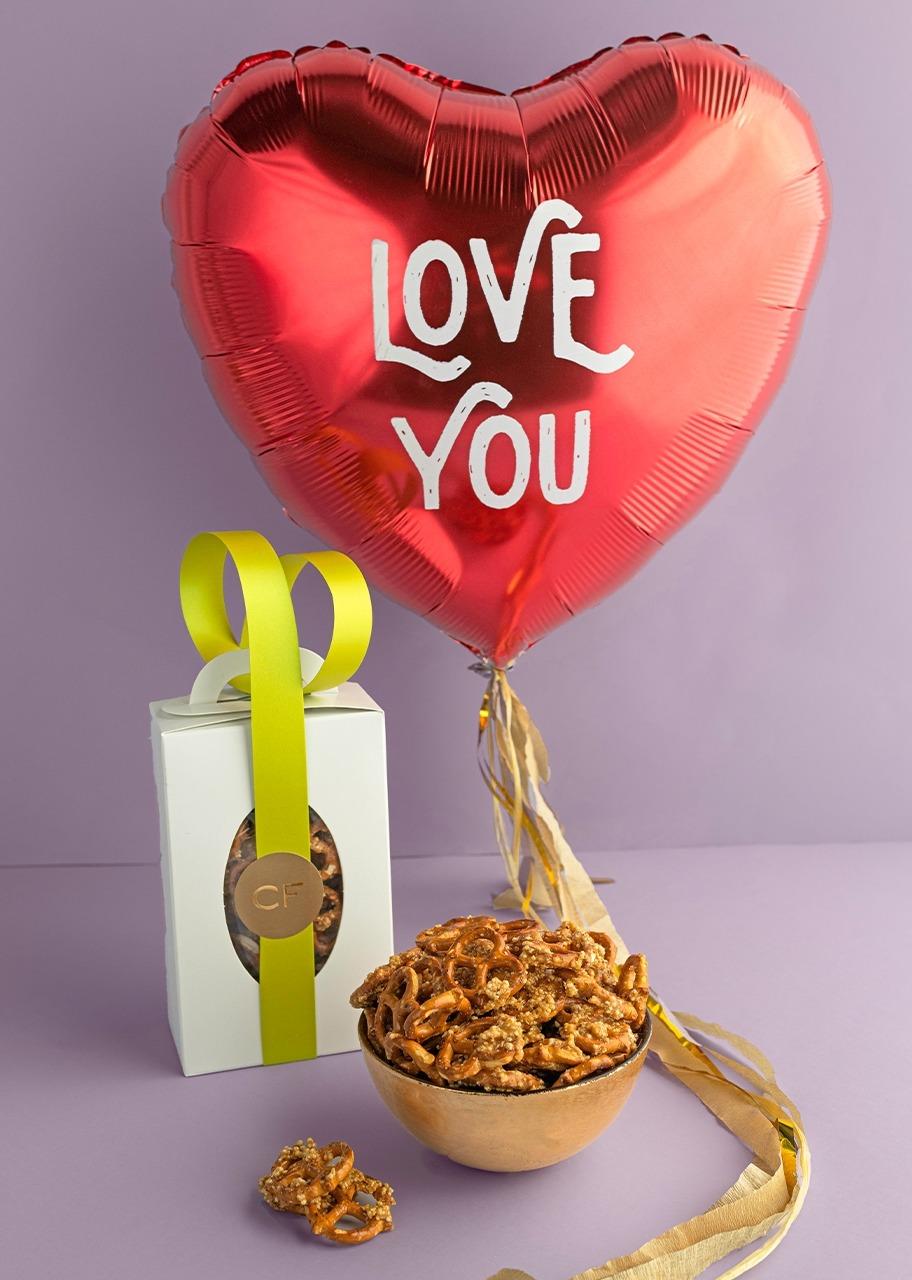 Imagen para Globo de amor con pretzels - 1