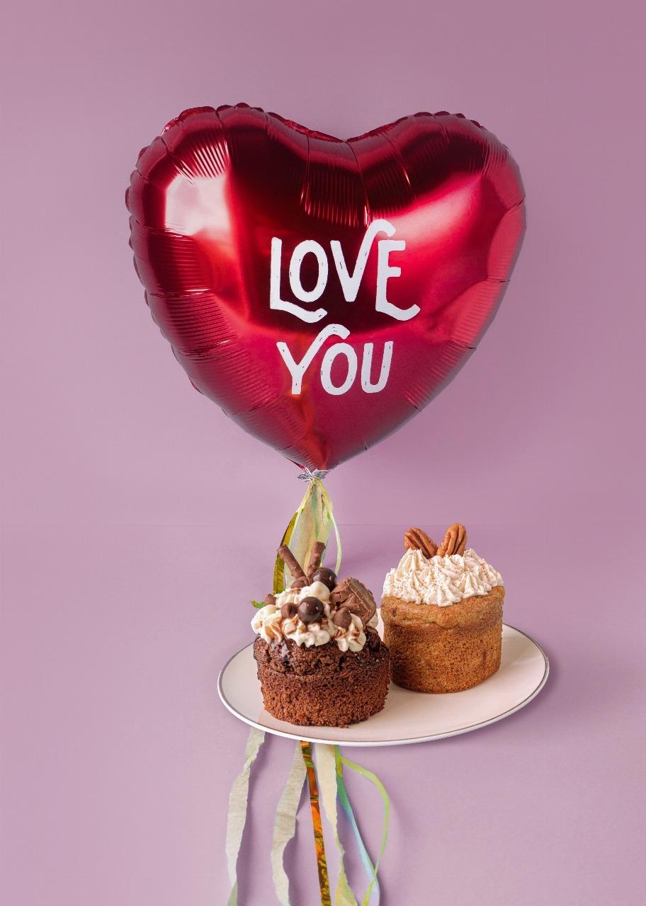 Imagen para Globo de amor con 2 pasteles individuales - 1