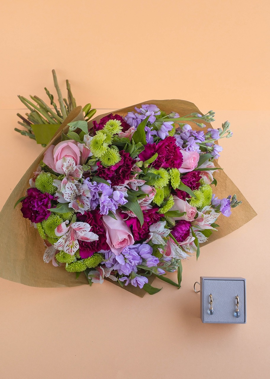 Imagen para Aretes del mes con bouquet - 1