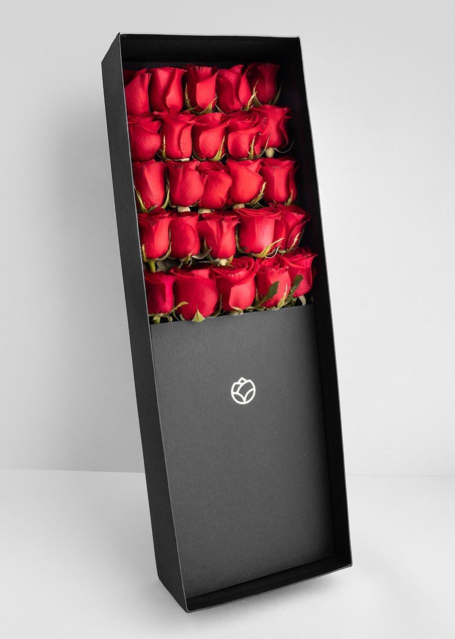 Imagen para 25 Rosas rojas en caja - 1