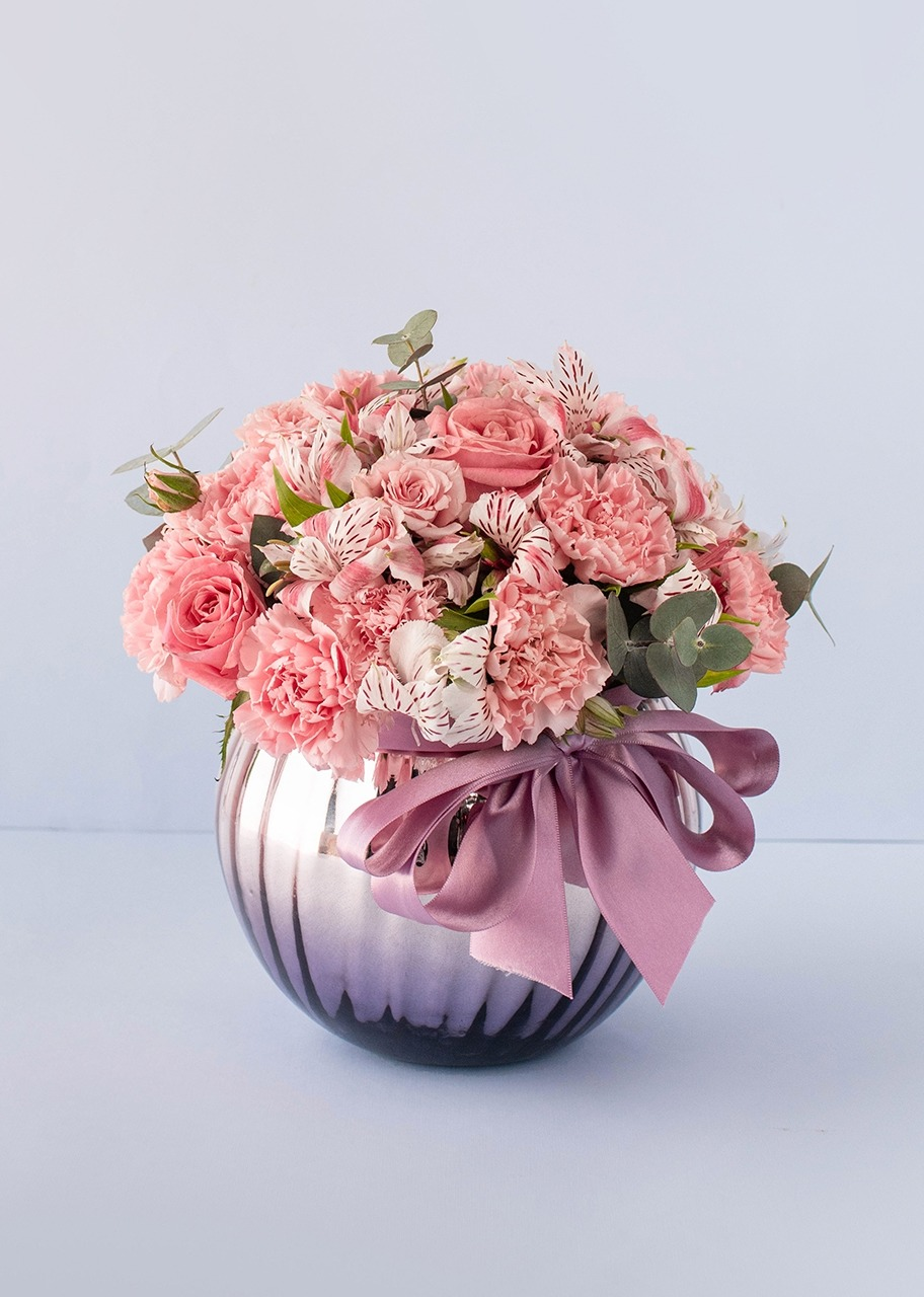 Imagen para Rosas y claveles en pecera rose gold - 1