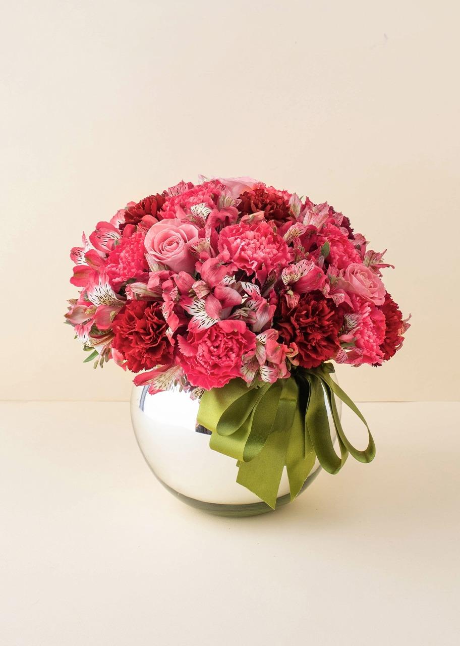 Imagen para Rosas y alstroemerias en base platinada - 1