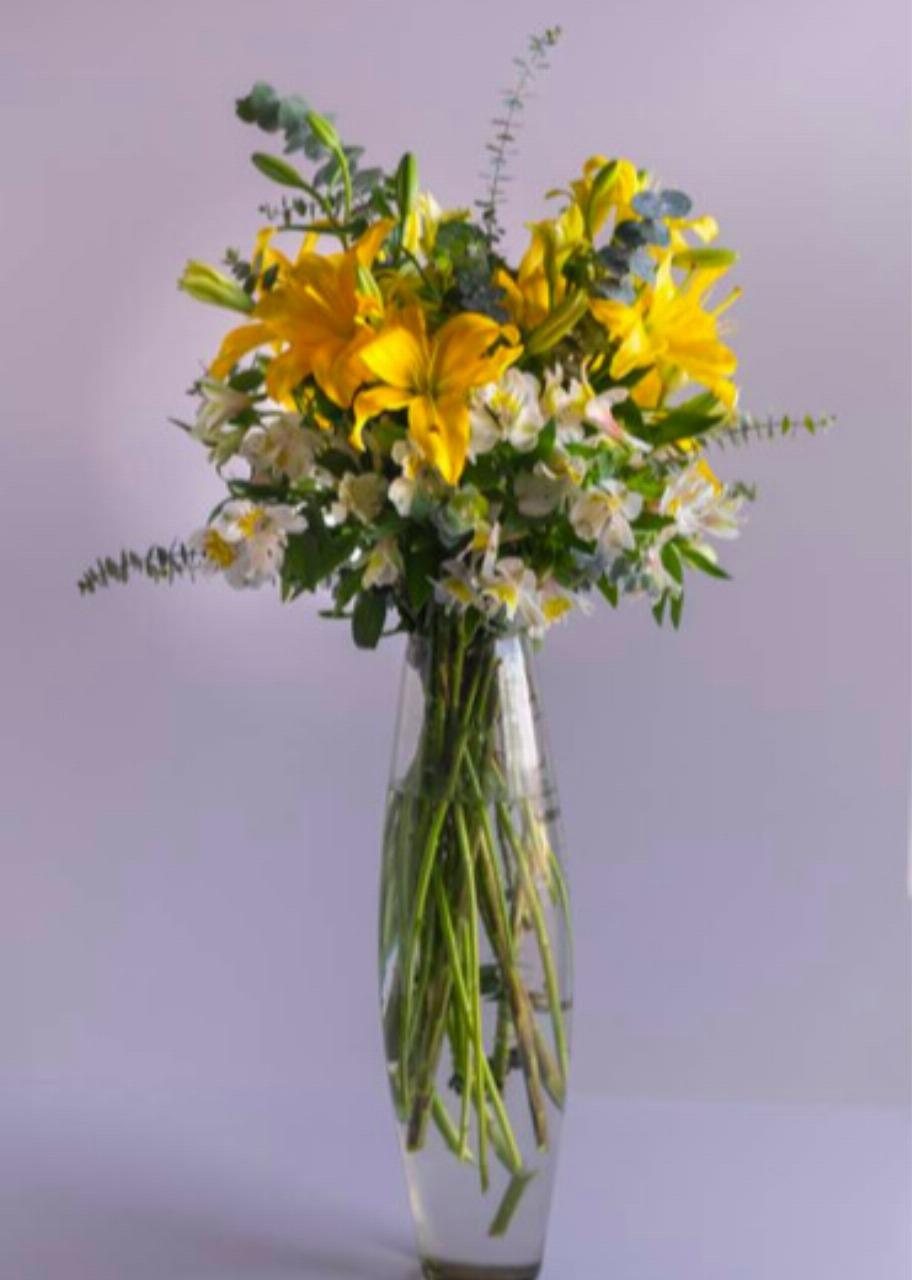 Imagen para Corporativo Grande Lily con Eucalipto - 1