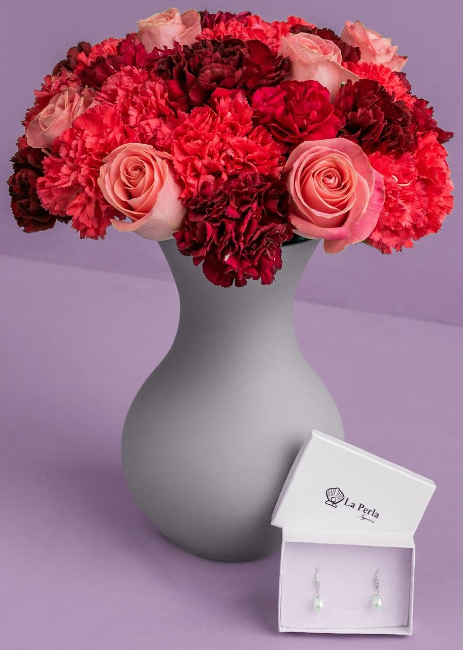Imagen para Aretes de Perlas con Rosas y Claveles - 1