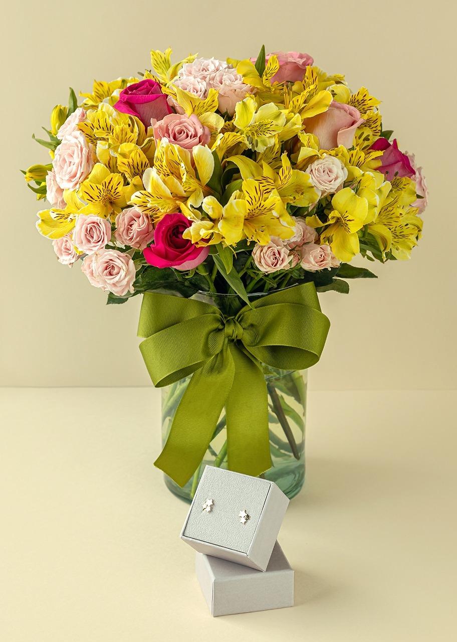 Imagen para Aretes triple estrella con Rosas y Mini rosas en Jarrón - 1