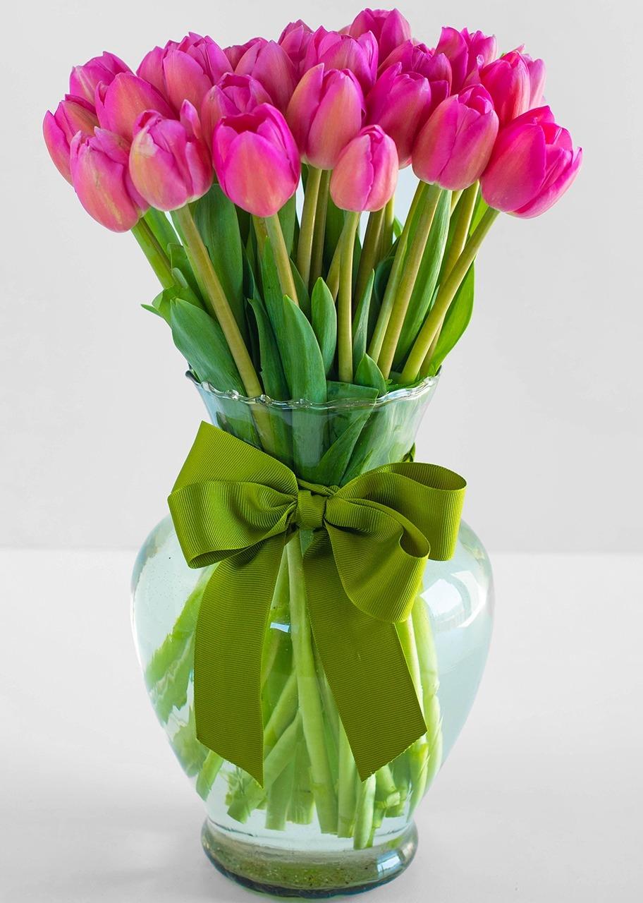 Imagen para Asombrosa Ternura arreglo de 30 tulipanes - 1