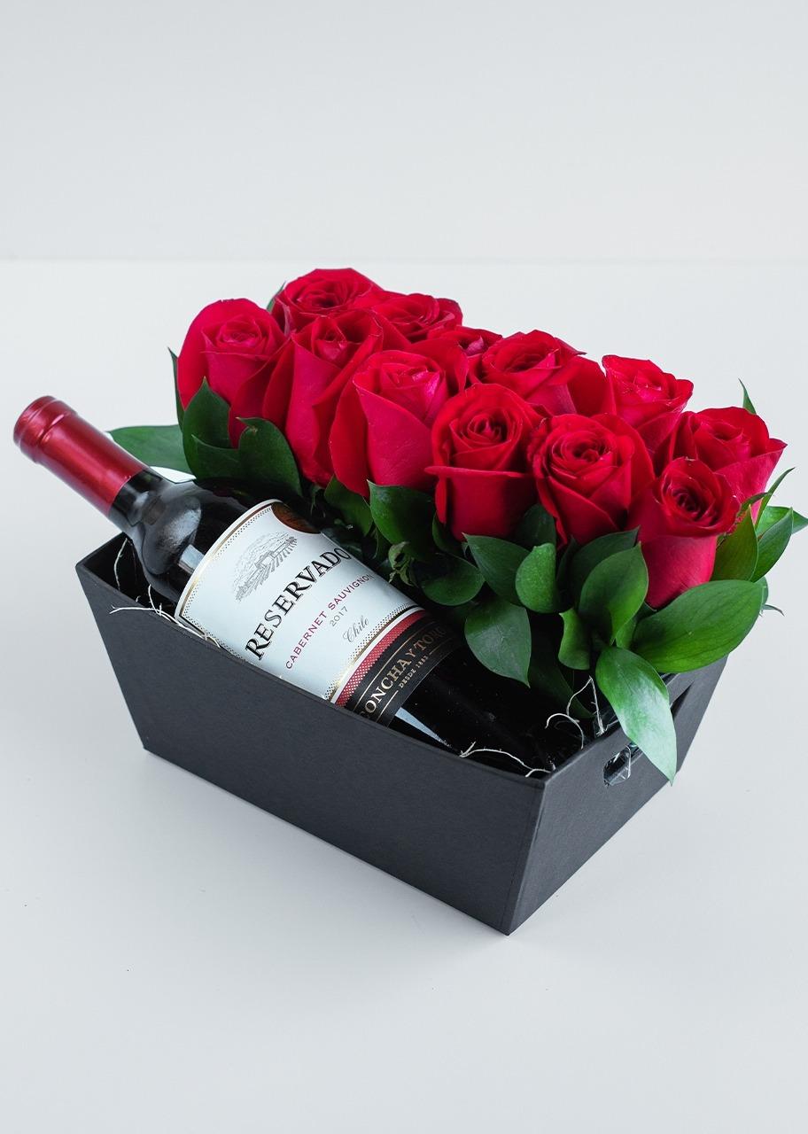 Imagen para Bella Elegancia con 12 rosas - 1