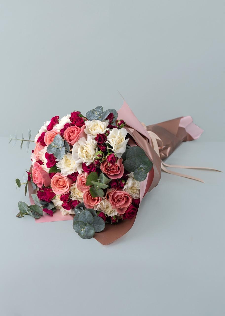 Imagen para Ramo de rosas rosa y mini rosas - 1