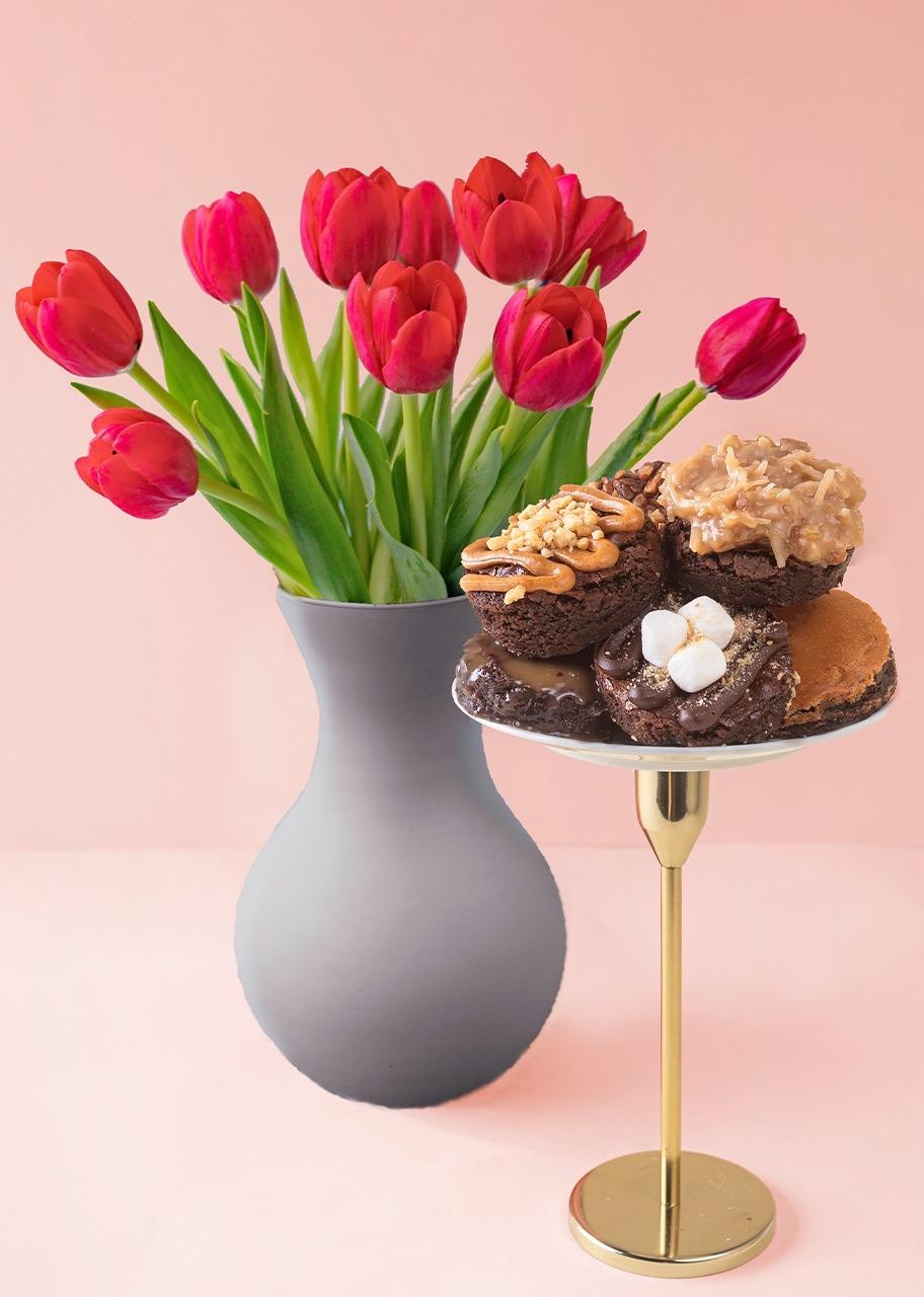 Imagen para Brownies 6 piezas con tulipanes - 1
