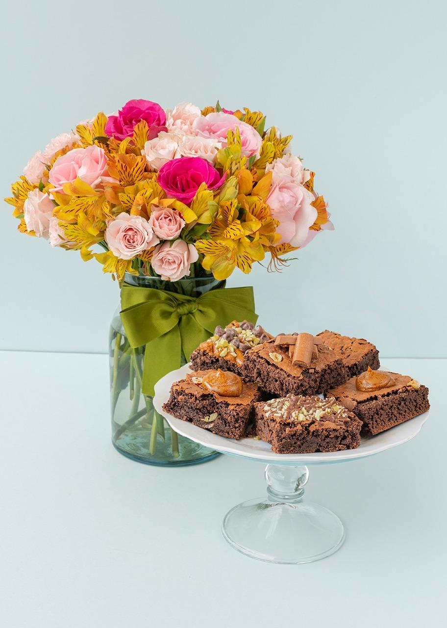 Imagen para Brownies 6 pz con Rosas y Mini Rosas - 1