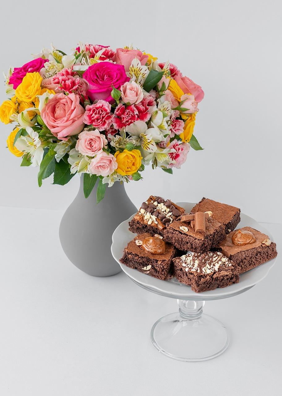 Imagen para Brownies 6 pzs con Primavera de Rosas - 1