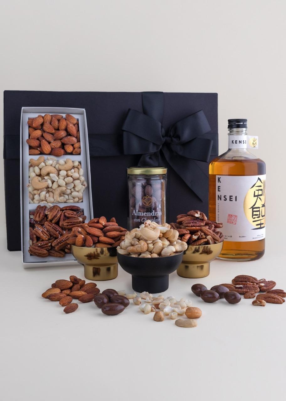 Imagen para Whisky Japonés Kensei Giftbox - 1