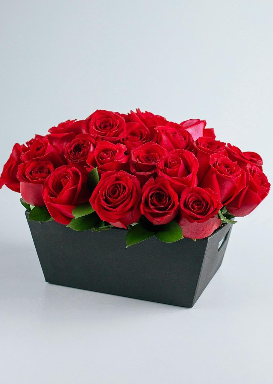 Imagen para Canasta 24 Rosas Románticas - 1