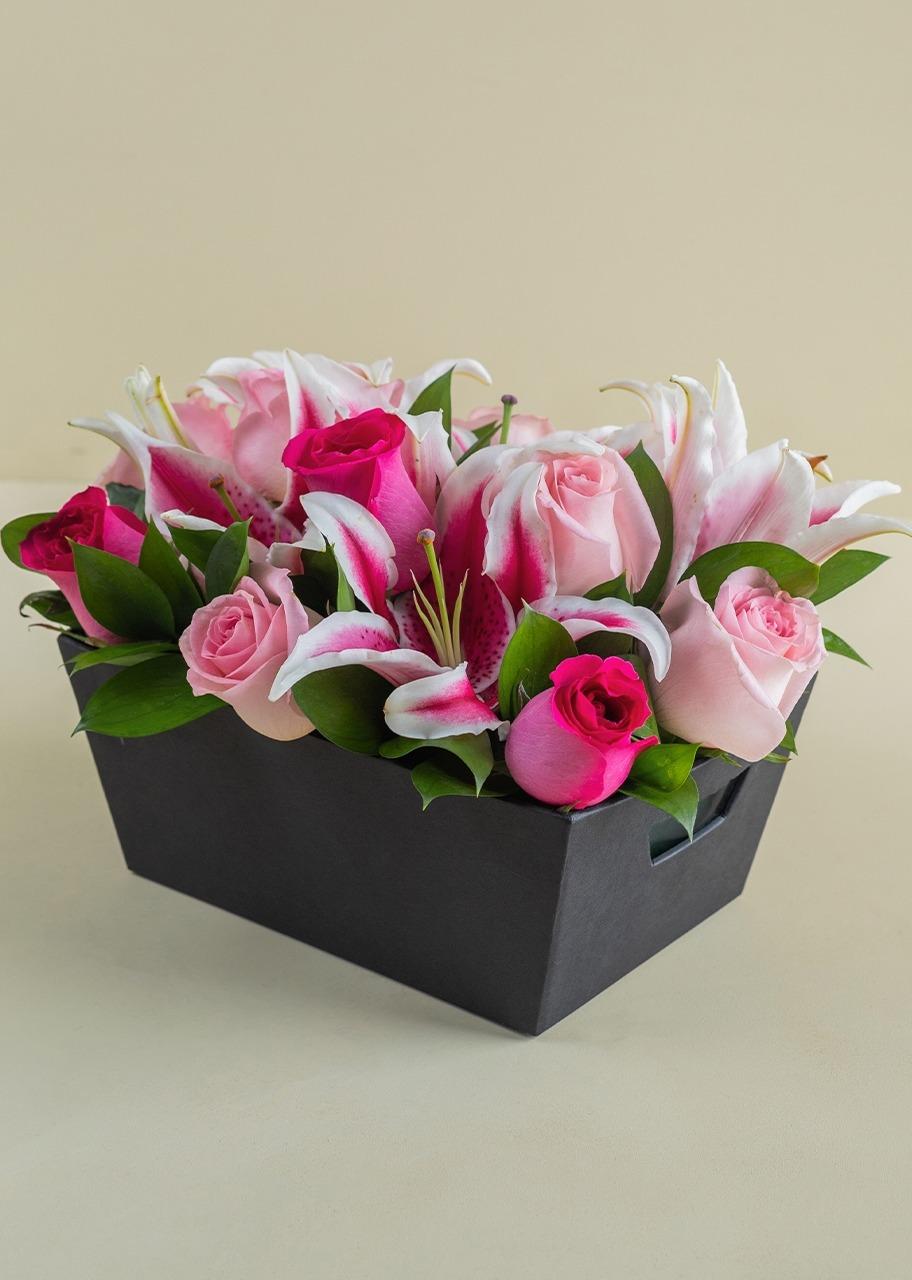 Imagen para Canasta Ensueño con 12 Rosas - 1