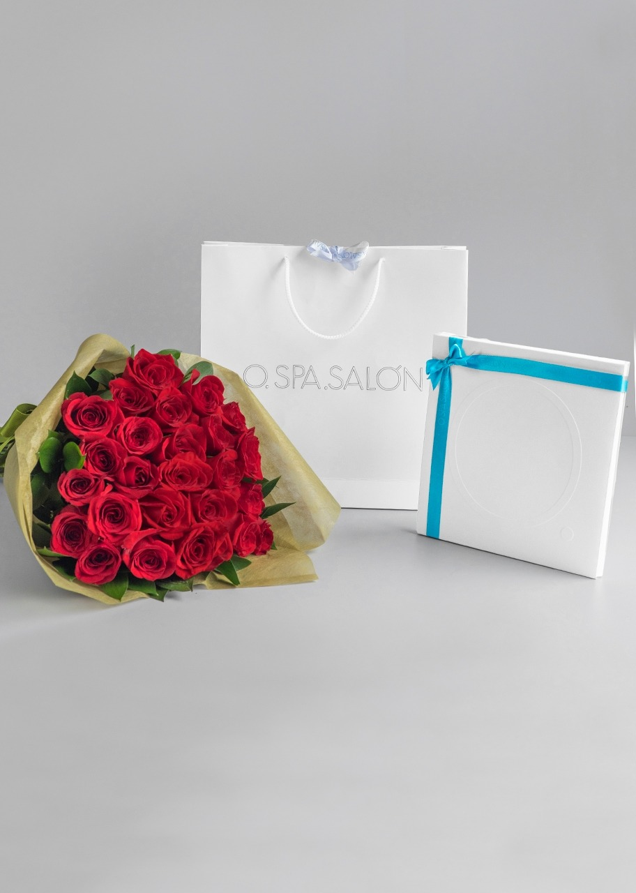"Imagen para Giftcard ""O."" For Couples with 24 Red Roses Bouquet - 1"