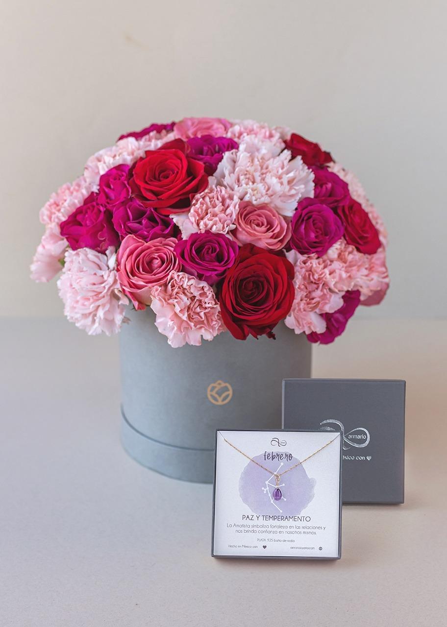Imagen para Collar del mes Rosas en Caja - 1