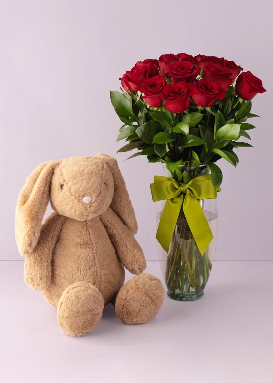 Imagen para Conejo de peluche con Rosas rojas - 1