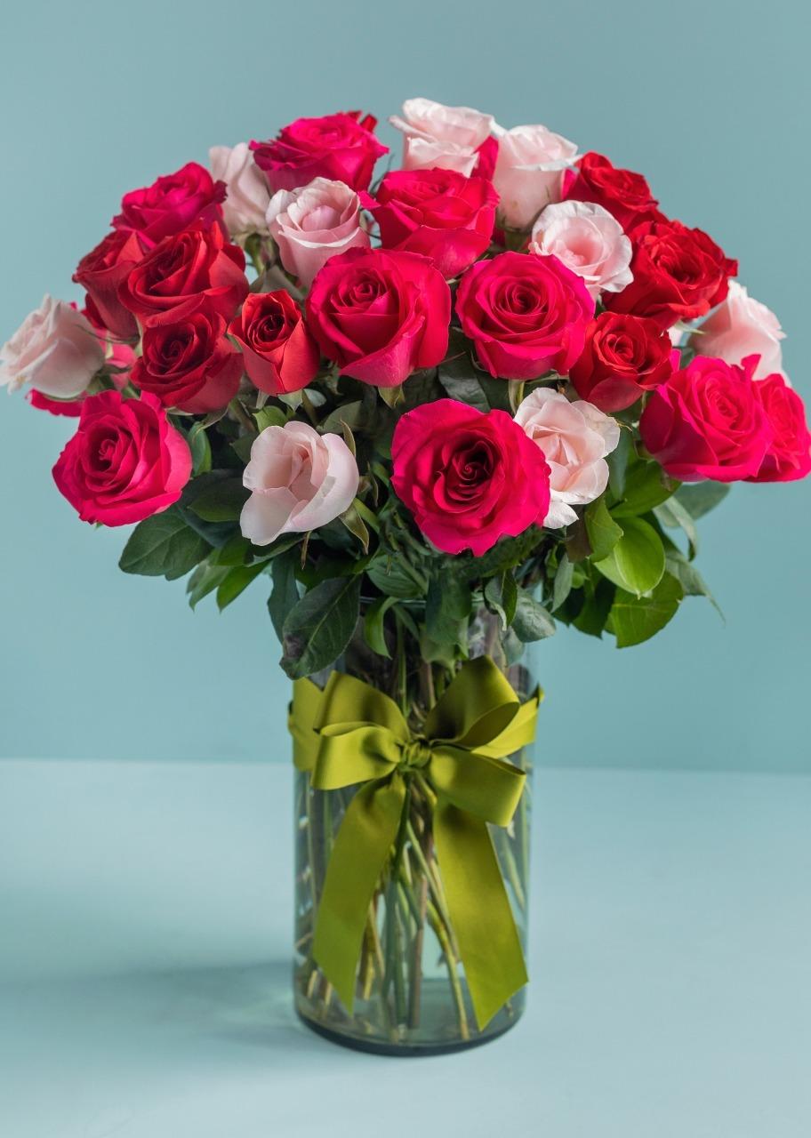 Imagen para Dulce Corazón con 50 Rosas - 1