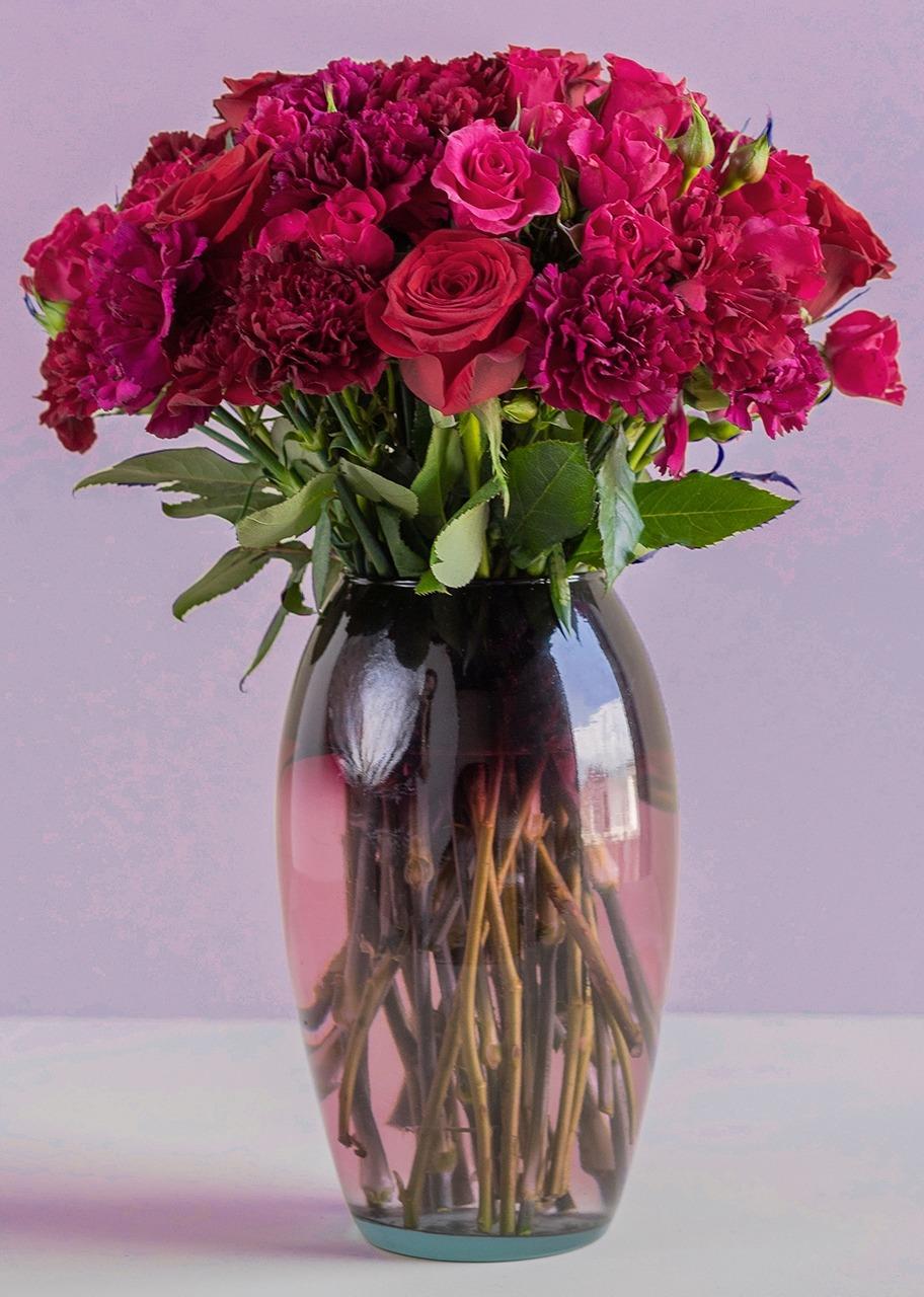 Imagen para Elegancia de Rosas y Mini Rosas - 1
