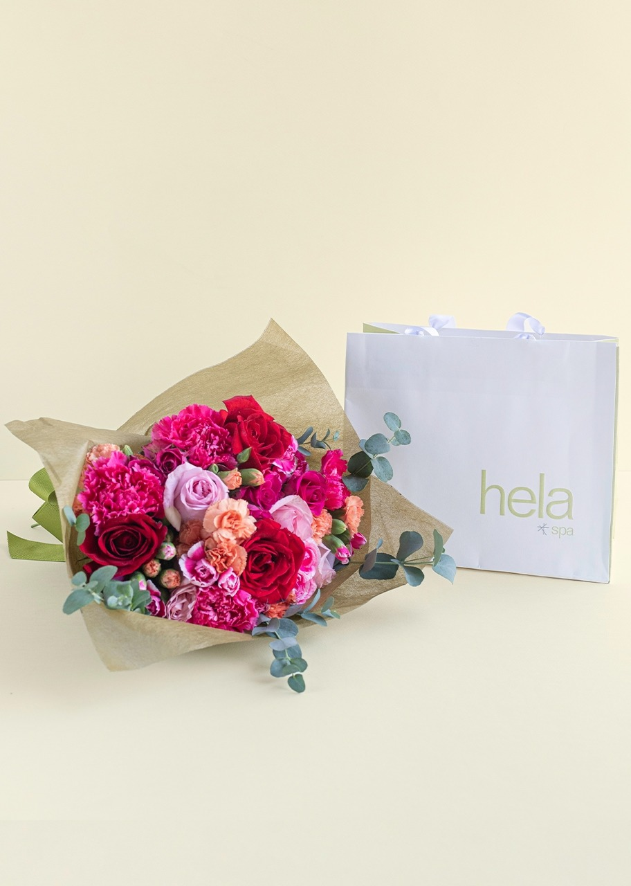 Imagen para Facial Limpieza Profunda con Ramo de mini rosas y rosas - 1