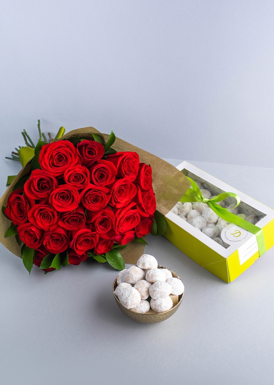 Imagen para Galletas de nuez con ramo de 24 Rosas - 1