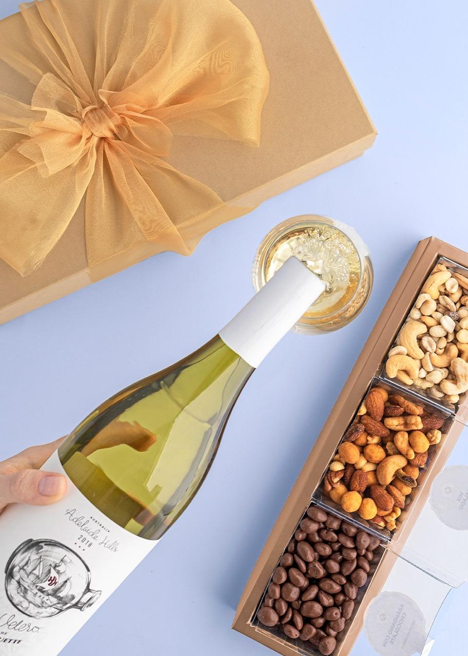 Imagen para Giftbox Vino Blanco Velero de Juguette - 1