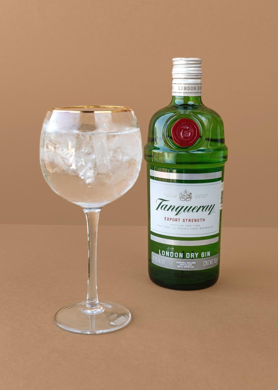 Imagen para Gin Tanqueray (Ten 700 ml) - 1