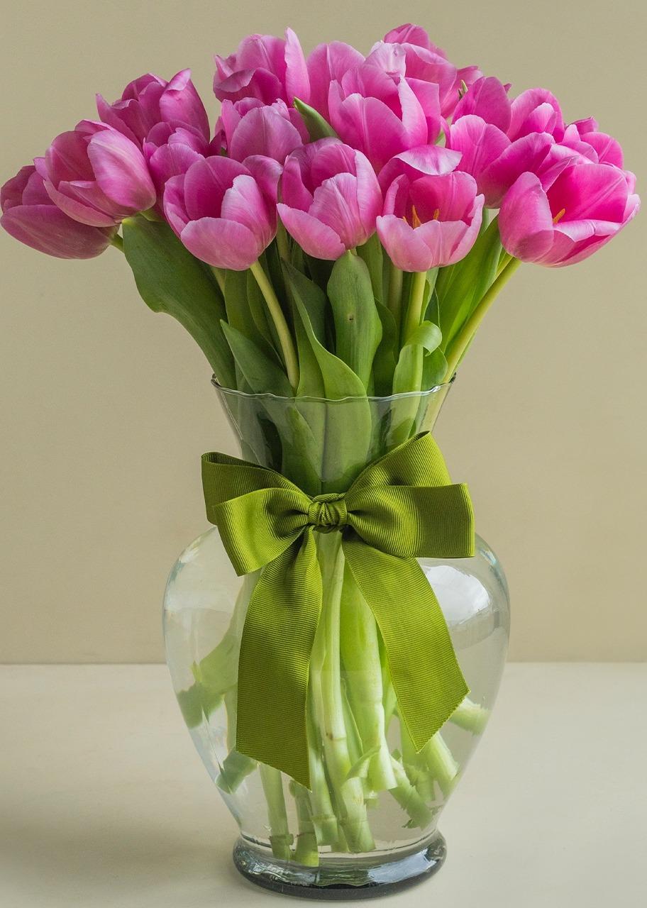 Imagen para Gran Ternura arreglo con 20 tulipanes - 1