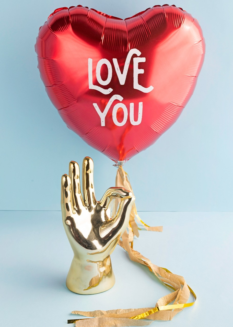 "Imagen para Golden hand with ""Love You"" Balloon - 1"