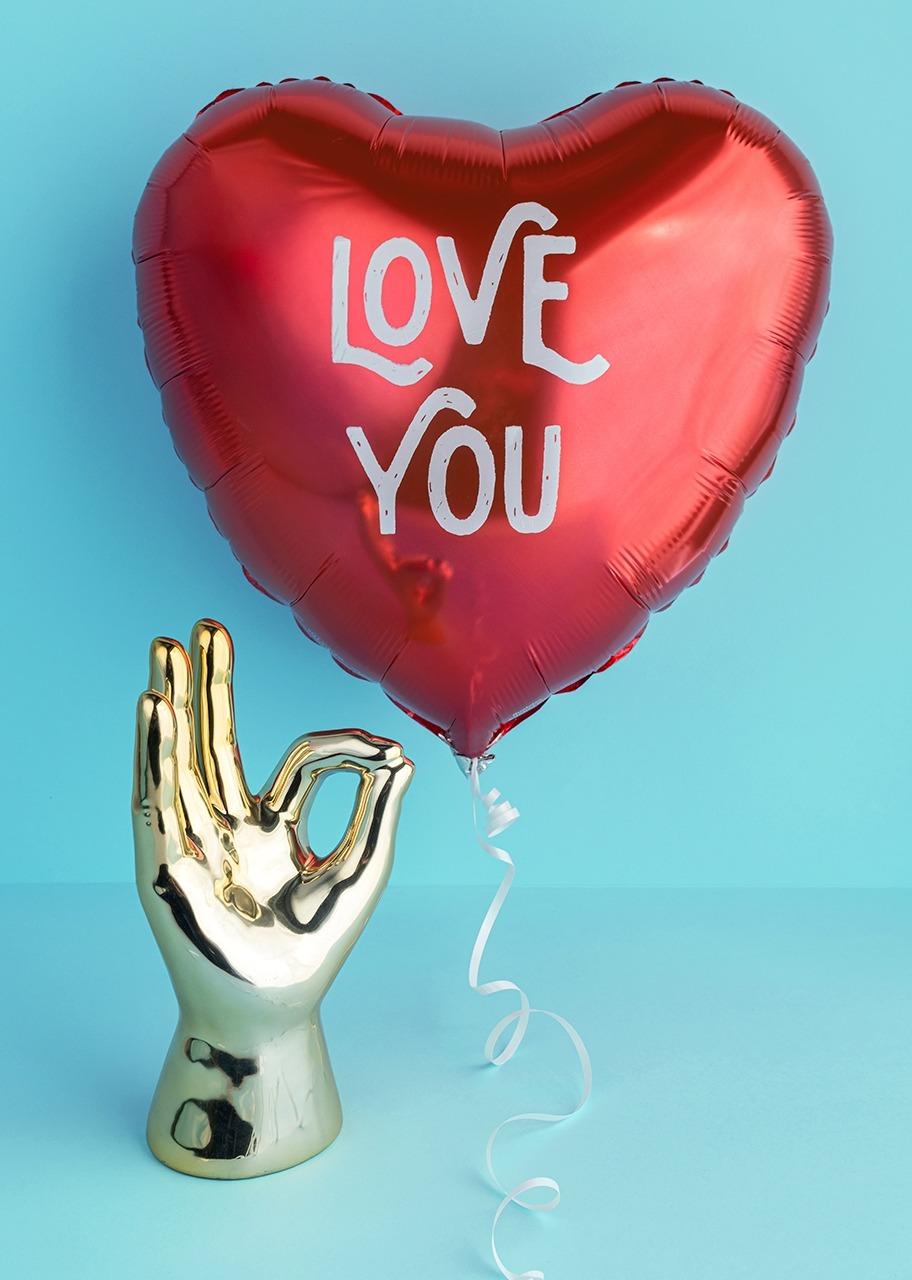 Imagen para Mano dorada de cerámica con Globo de amor - 1