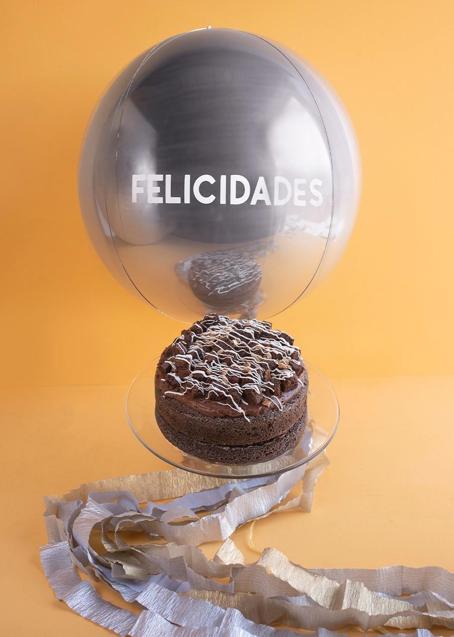 """Imagen para Choco Brownie Cake with """"Felicidades"""" balloon - 1"""
