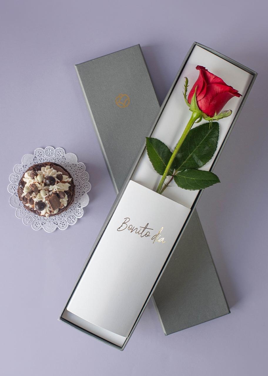 Imagen para Pastel Chocolate Ind. con Rosa - 1