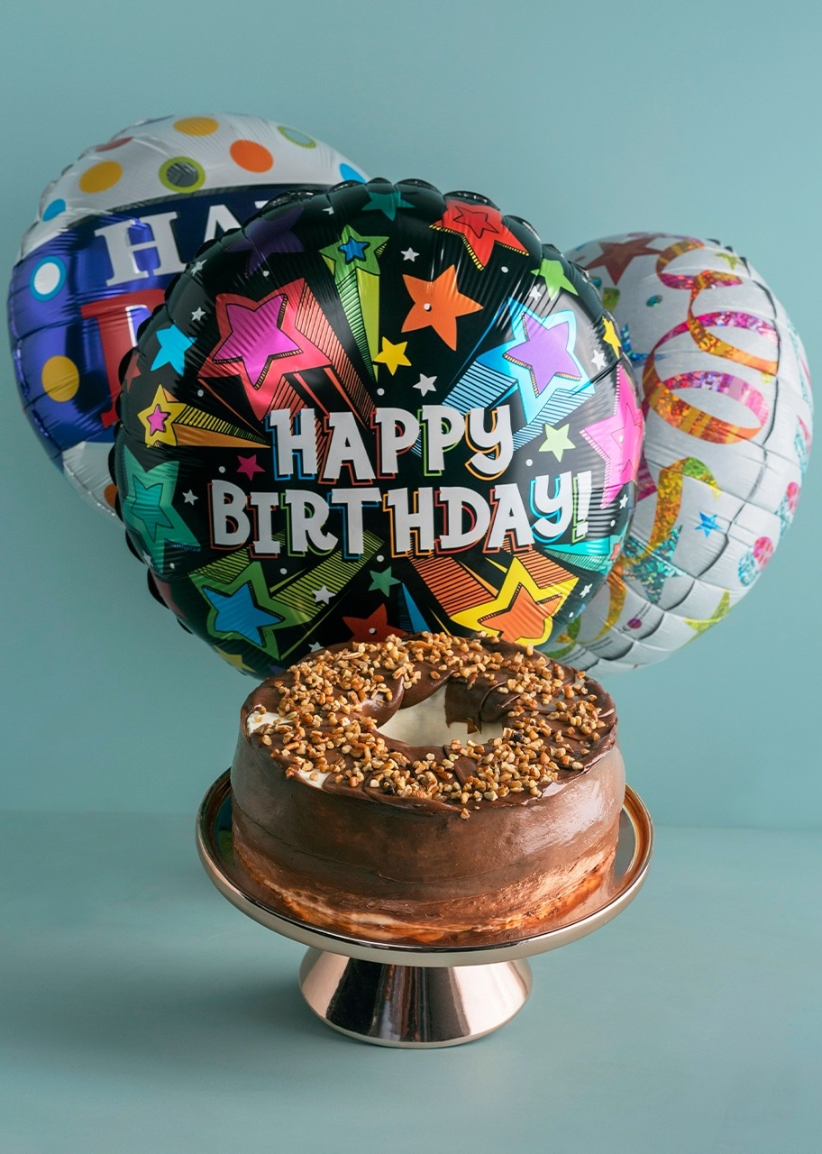 Imagen para Milky Way cake with Birthday Balloons  - 1