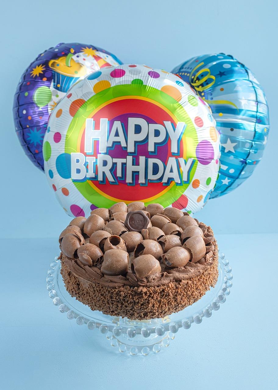 Imagen para Pastel Salón con Globos de Cumpleaños - 1