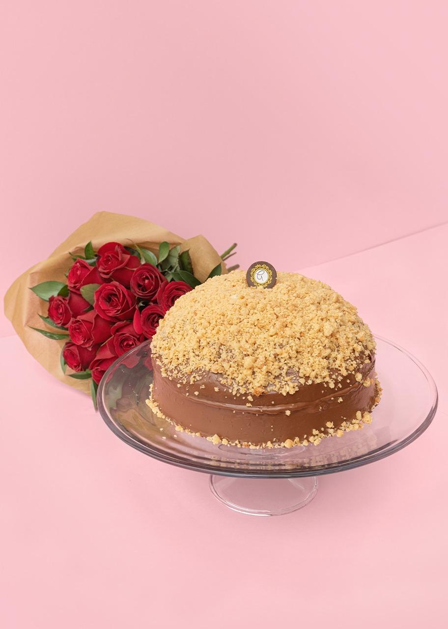 Imagen para Pastel de Plátano con Ramo de Rosas Rojas - 1