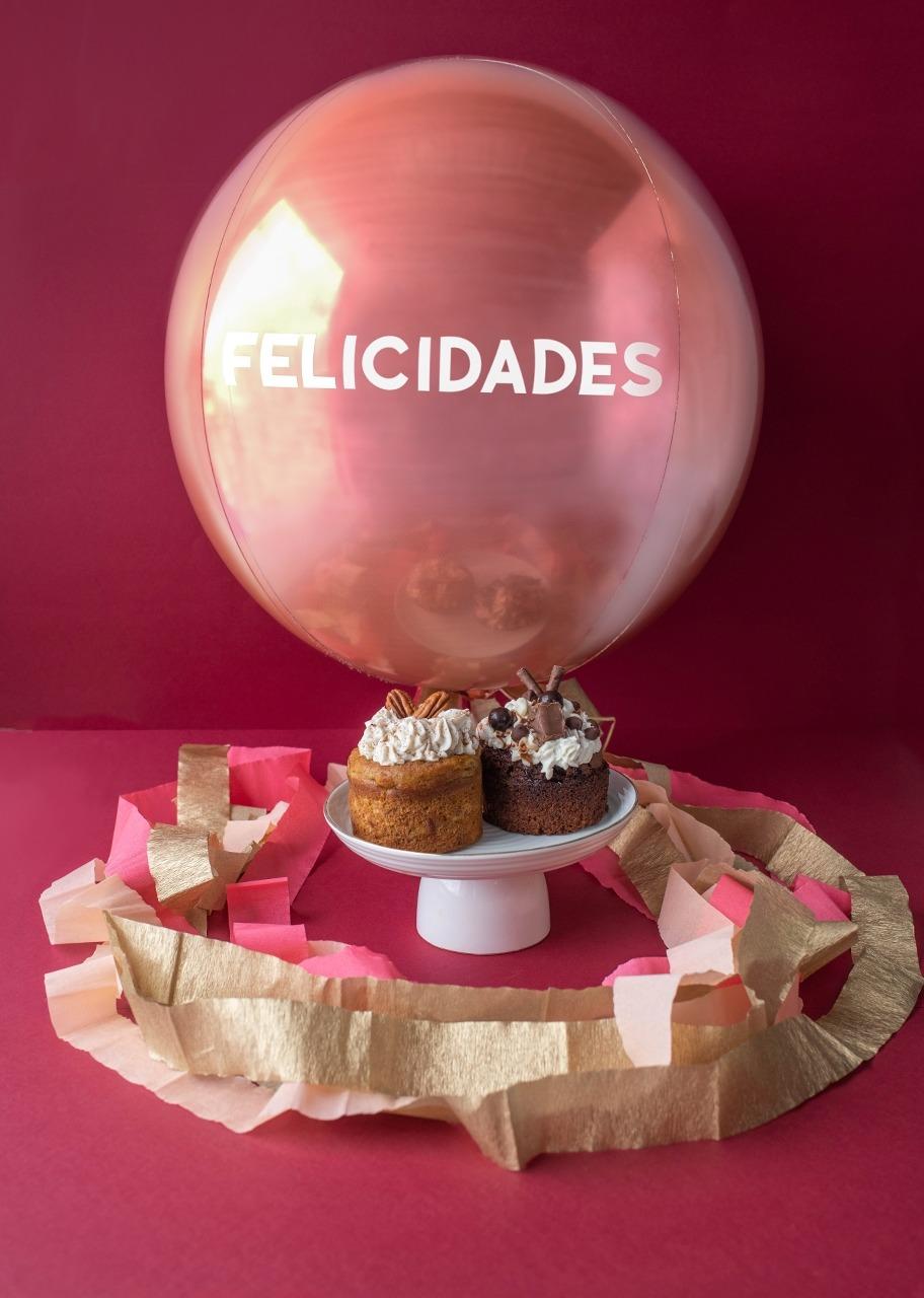 Imagen para Pasteles Ind. Chocolate y Zanahoria con Globo - 1