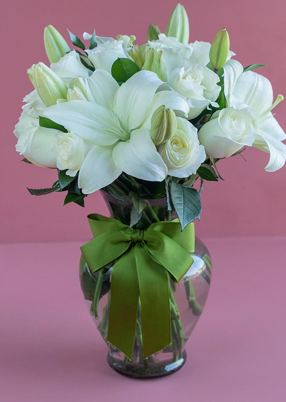 Imagen para Paz 24 rosas blancas enviaflores - 1