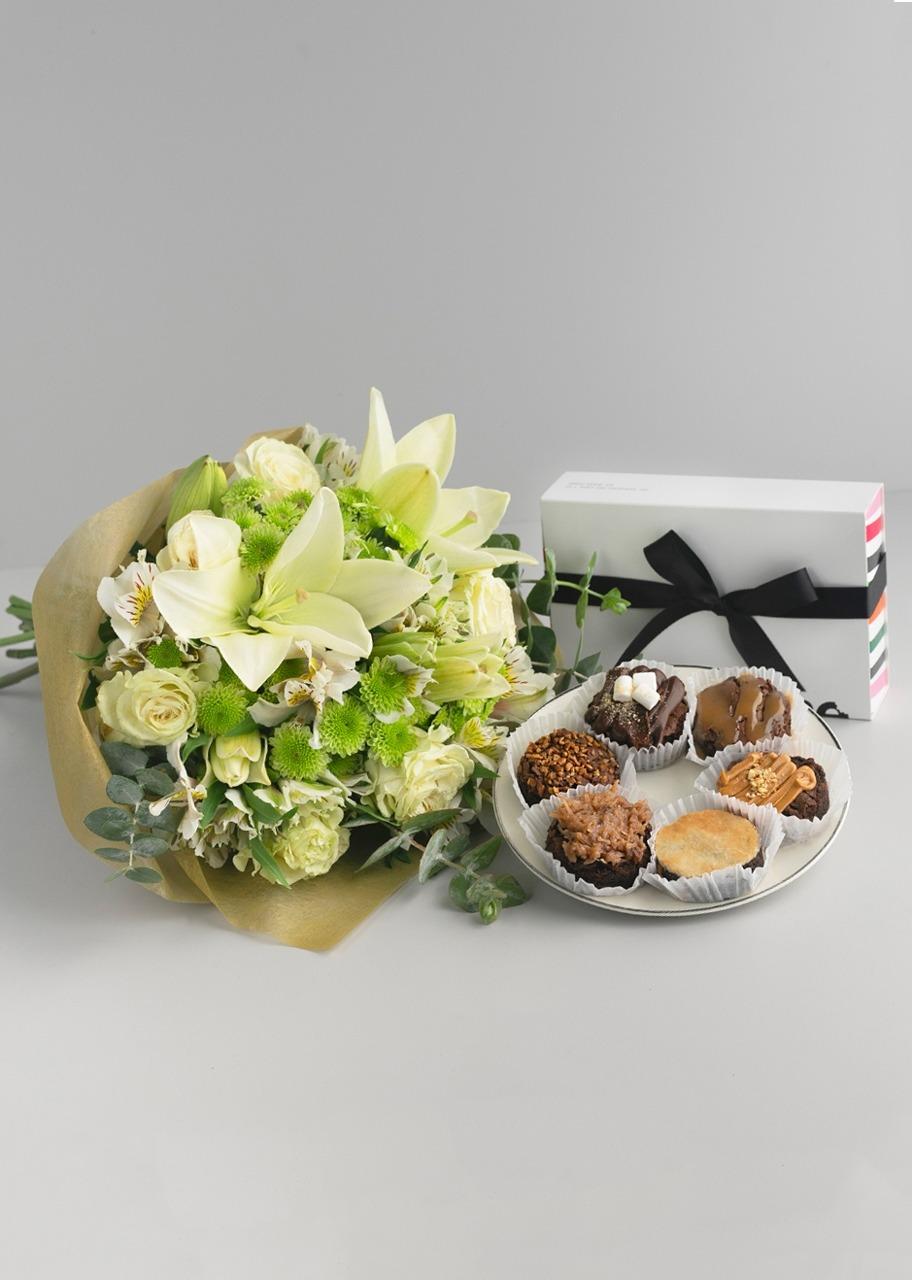 Imagen para Esperanza de Rosas Blancas + 6 brownies - 1